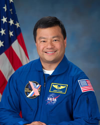 Astronaut Leroy Chiao, Mission Commander.  Credit: NASA, JSC2004-E-27099  (7 June 2004),  International Space Station Imagery