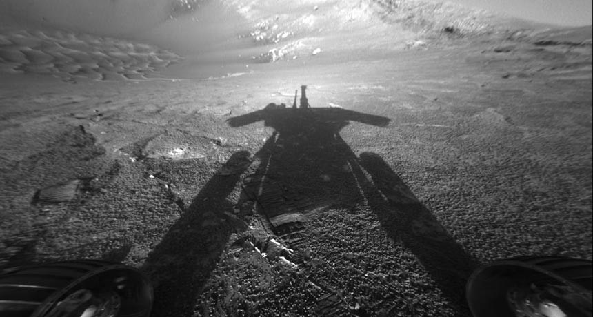 Opportunity's shadow taken on July 26, 2004 by the rover's front hazard-avoidance camera while the rover faces Endurance Crater. Image credit: NASA/JPL-Caltech