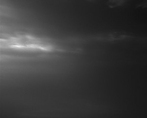 El rover también ha estado mirando hacia el cielo y fotografiando formaciones de nubes.