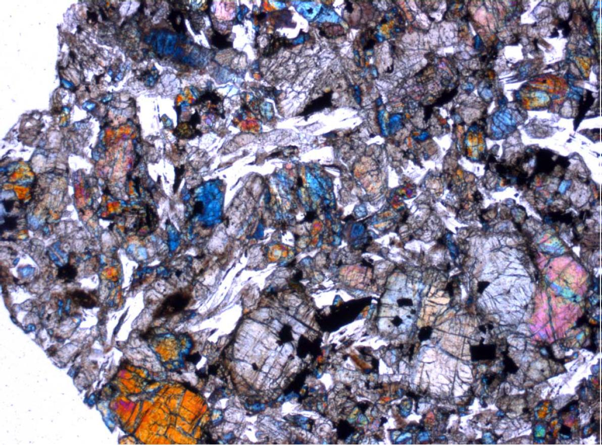 Imagen de luz polarizada de minerales en Tissint.