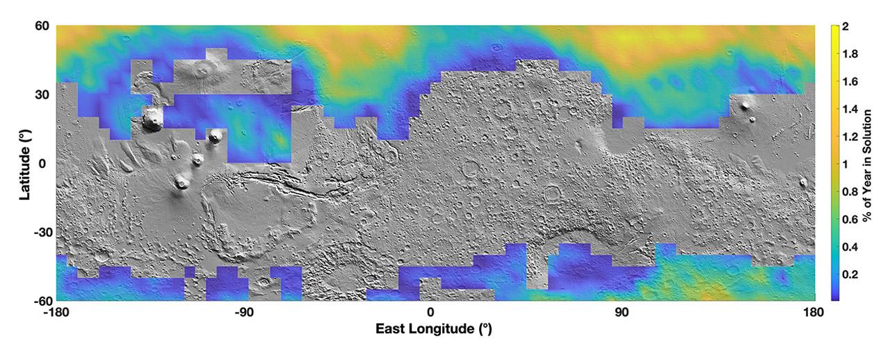 Distribución de salmueras en Marte, con colores representando el porcentaje del año que puede existir líquidos en la superficie.