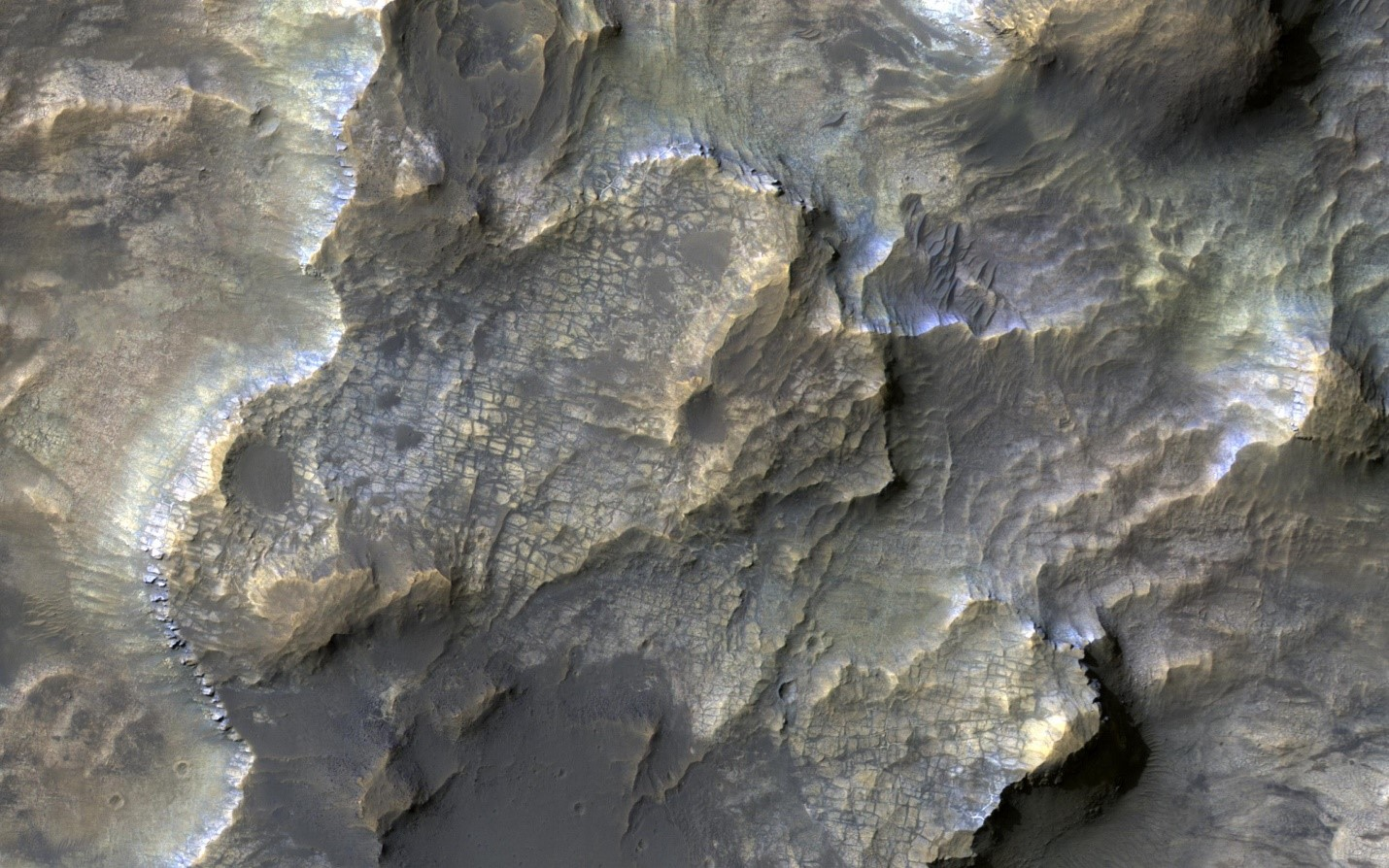 An image from the Mars Reconnaissance Orbiter showing the deep-water, hydrothermally altered clays found at the bottom of the Eridania basin.