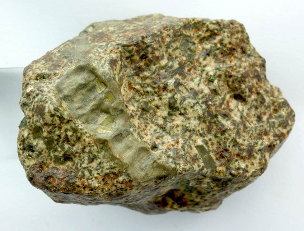 Frammento del meteorite Erg Chech 002. Credits: A. Irving.